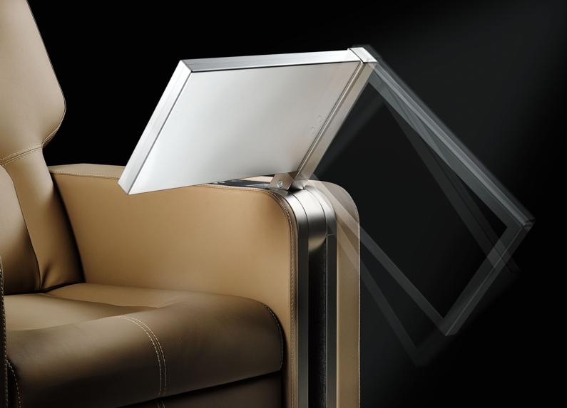 monitor retrattile e regolabile per sedie