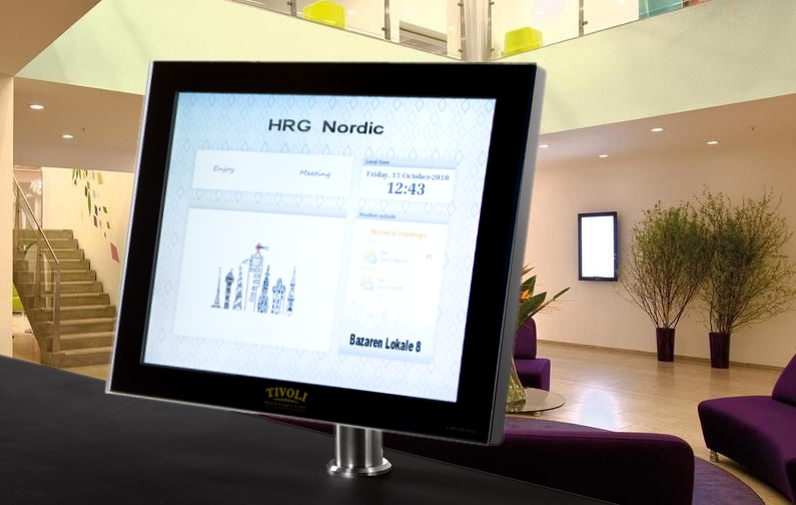 elegantes monitores de sobremesa para áreas de recepción
