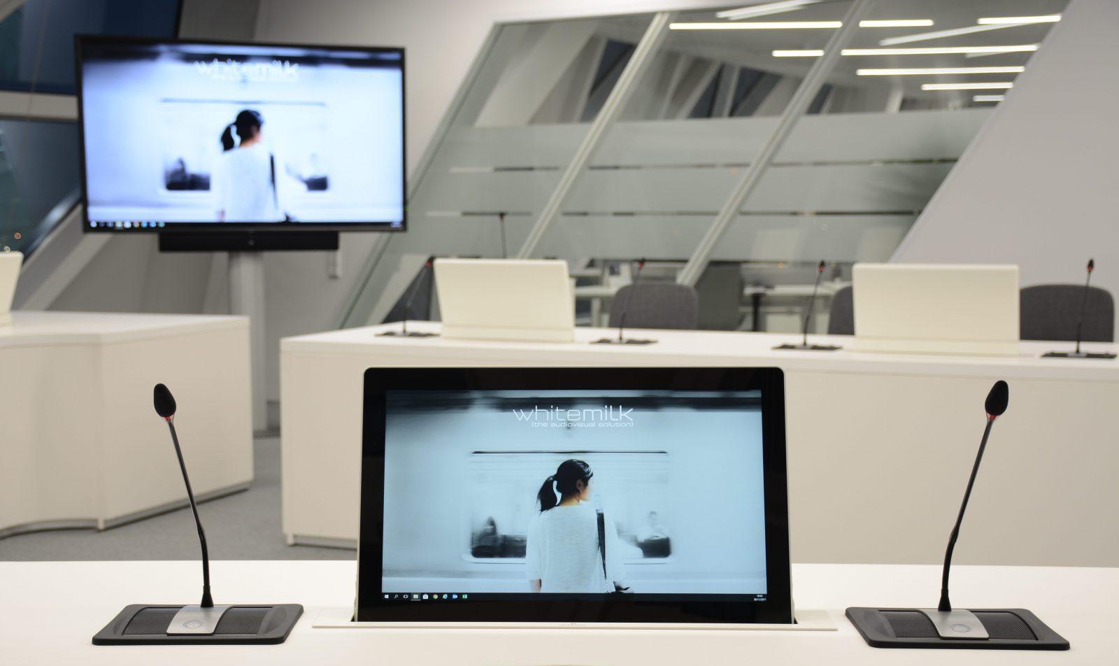 monitor automatici da nascondere nelle tabelle