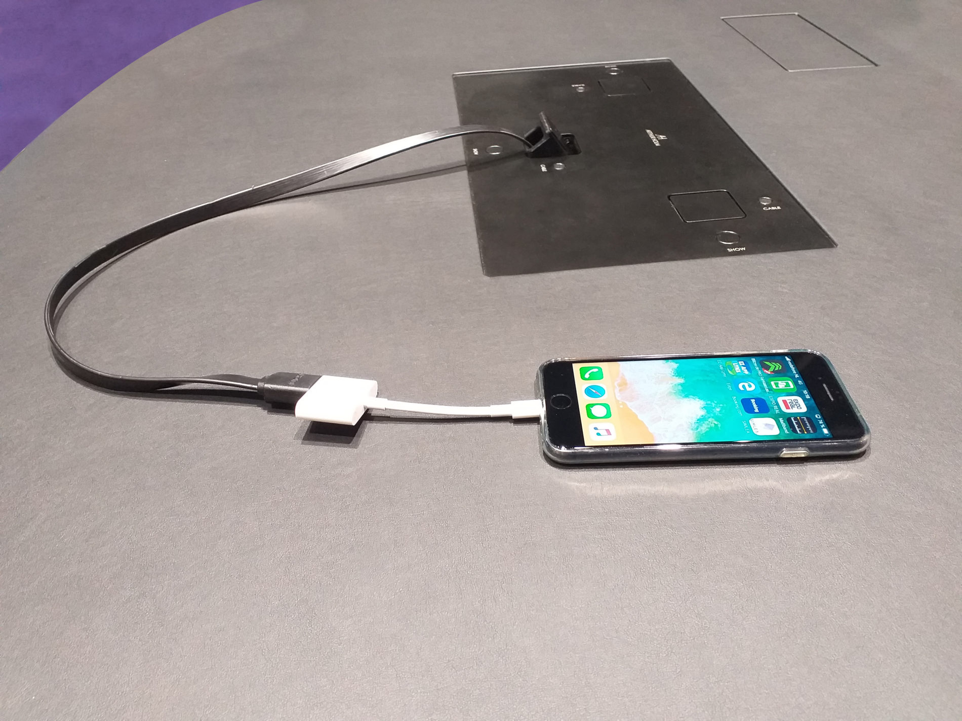 Einziehbares HDMI-Kabel