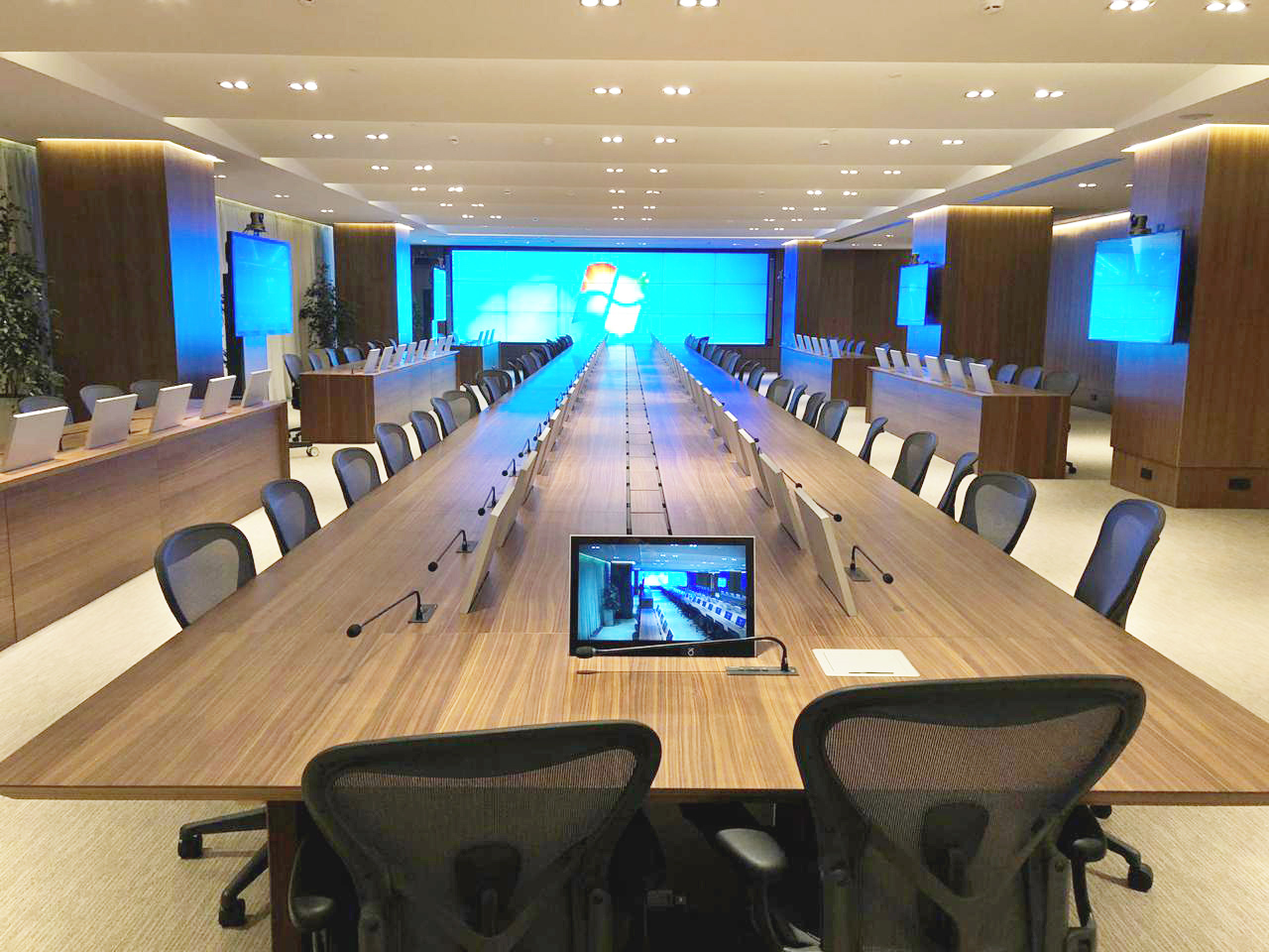 retractable design monitors for meeting rooms