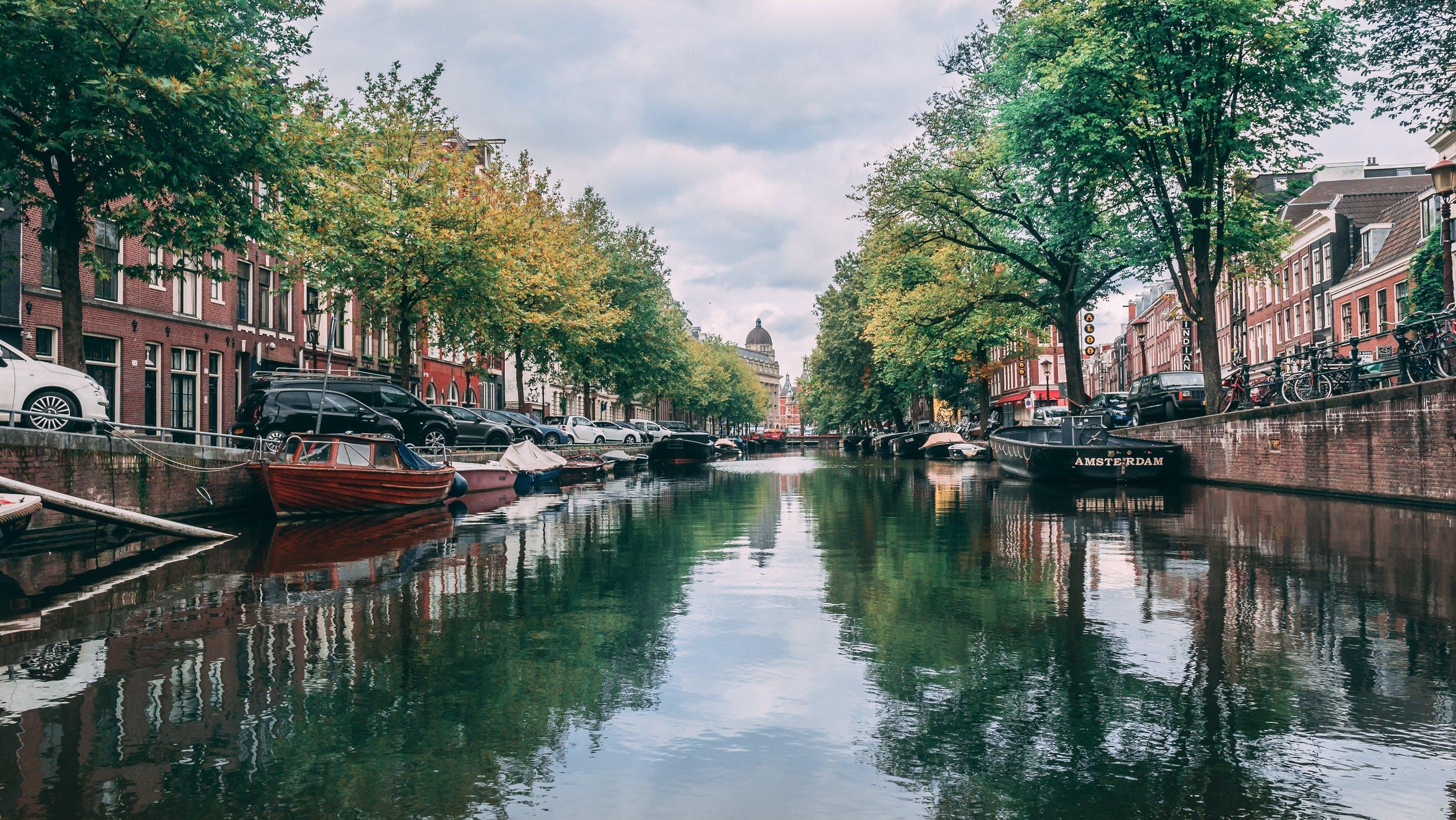 Empezamos el año con añoranza de los reflejos de Ámsterdam